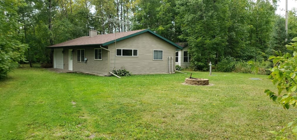 Cottage near the River/Near Duluth/Pet Friendly