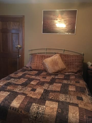 Room for rent nite/wk/or month - Kankakee - Ev