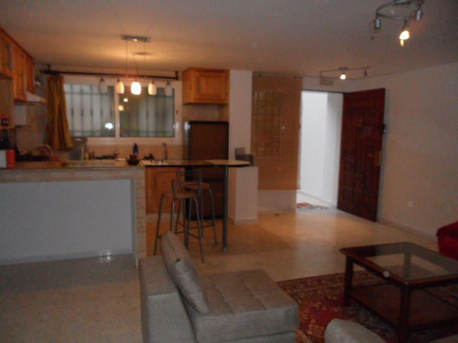 un appartement meubl pour vacances en tunisie appartements louer ariana sup rieure. Black Bedroom Furniture Sets. Home Design Ideas