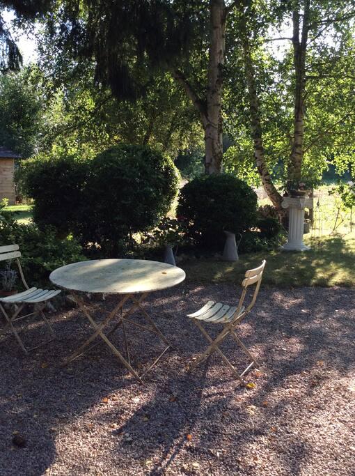 Et si vous voulez profiter de déjeuner dans le jardin !