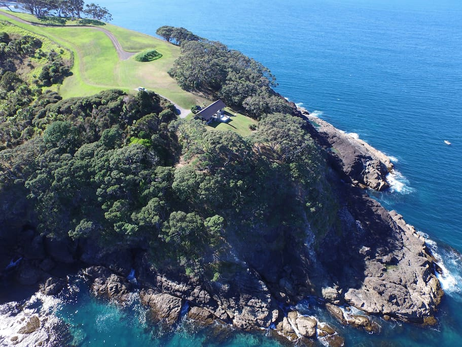 The ultimate location. The Glass house is located at the tip of the Peninsula