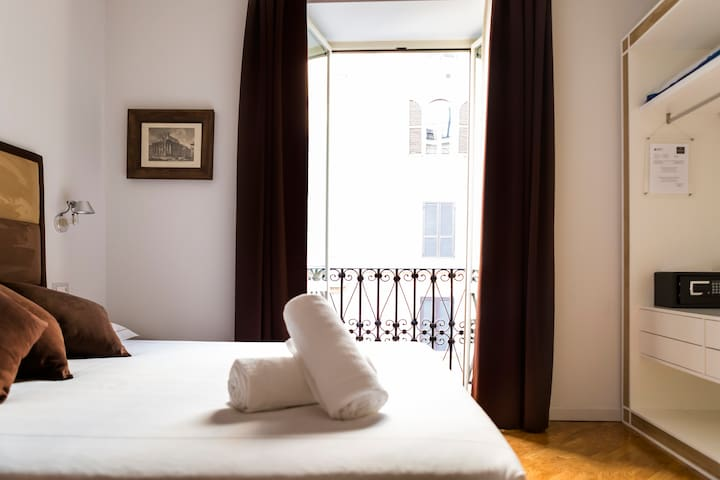 Luxury Double Room - La House Rome