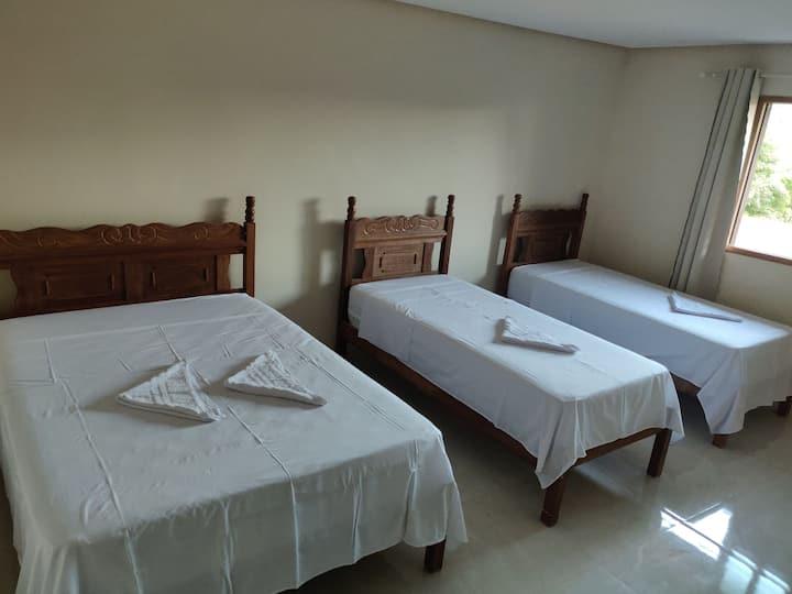 Suite aconchegante para até 04 pessoas no centro de Lençóis.