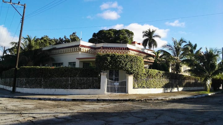 Colonial cuban house in Kohly