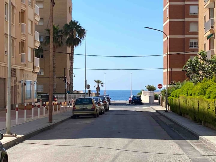 Apartamento planta baja cerca de la playa