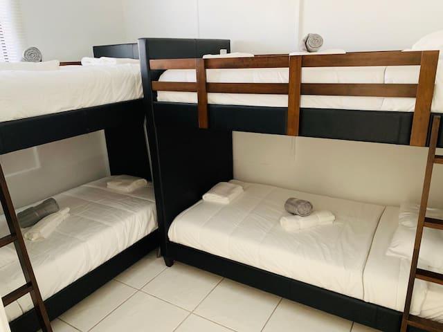 Economy Bed in Beautiful Hostel In Wynwood Miami