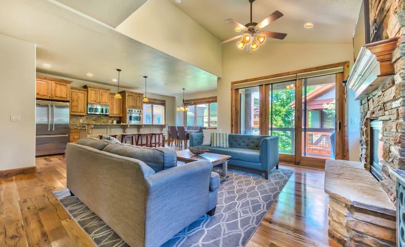 Vista Villa at Deer Valley & Lake Jordanelle 4 Bed