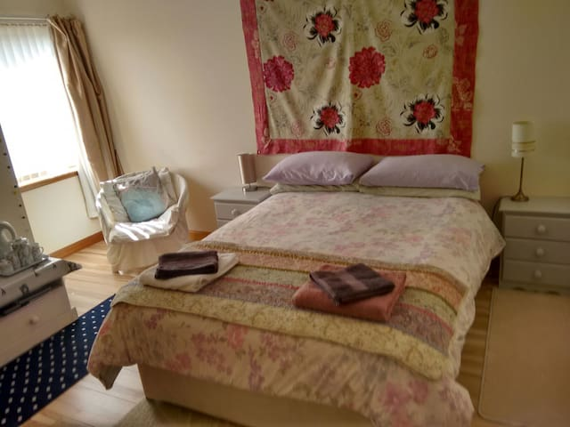En-suite double room Rosemarkie