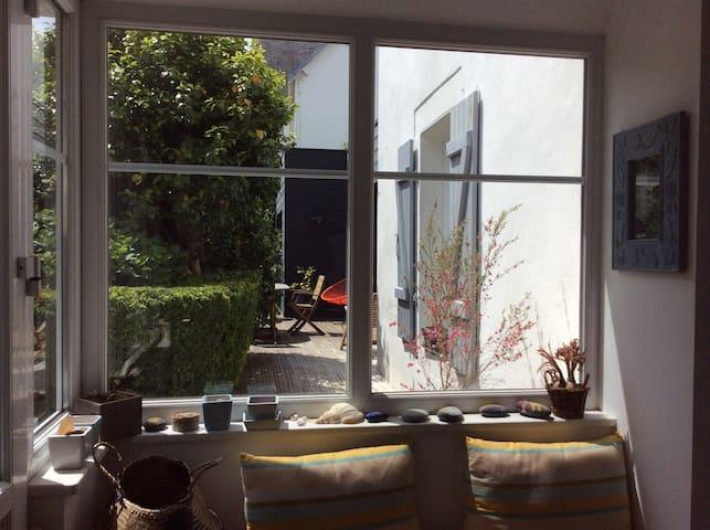 Maison Bigoudenne rénovée avec jardin arboré . - Pont-l'Abbé