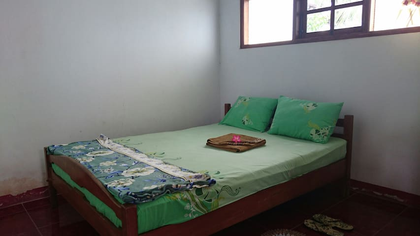 Puspayasa Homestay Bed and Breakfast 1
