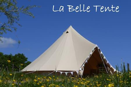 La Belle Tente shabby-chic glamping - Arnac-Pompadour - Teltta