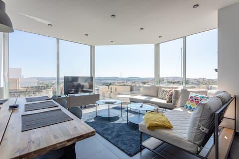 Luxuriöses Hilltop Apartment mit atemberaubender  Aussicht