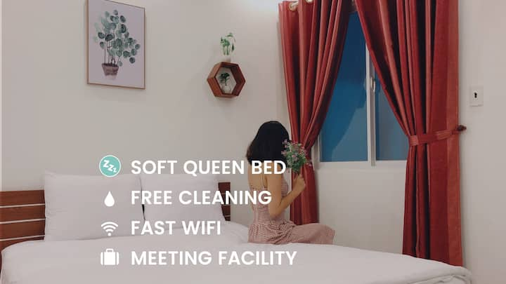 Cheap Soft Queen Bed+Laundry,Fast Wifi & Cleaning