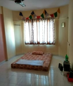 Spacious double bedded pvt. room in Hiranandani :) - Mumbai - Lakás