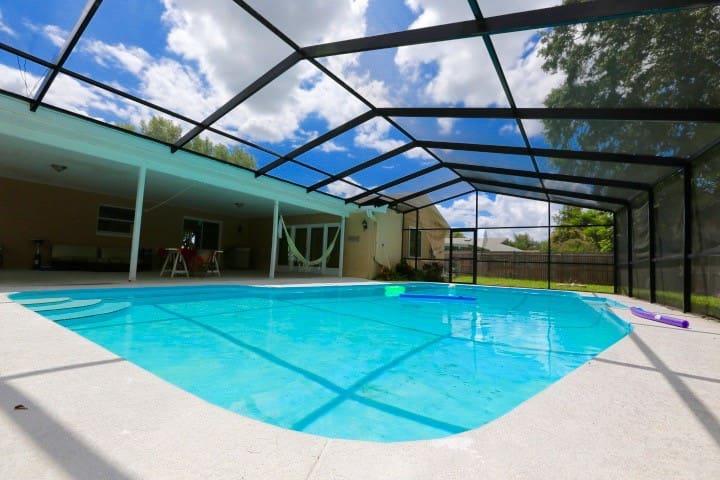 Nice and cheap Master Room Orlando - Orlando - Dom