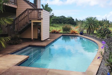 B&B in Puna, Secluded Paradise, Off-Grid with Pool - Pāhoa