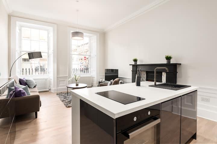 Luxury Stafford St City Centre Apartment