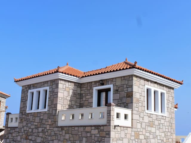 Lesbos Prefecture - House