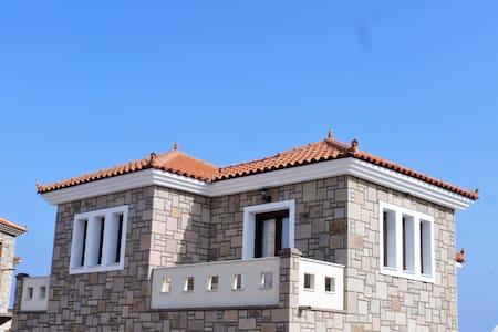 αgnanti houses - Lesbos Prefecture