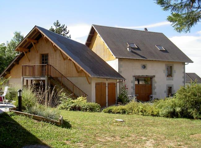 Grande maison de charme à la campagne - Boussy