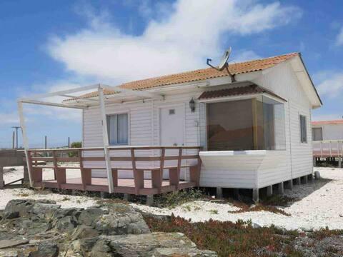 Punta de Choros - Cabañas con vista a las islas