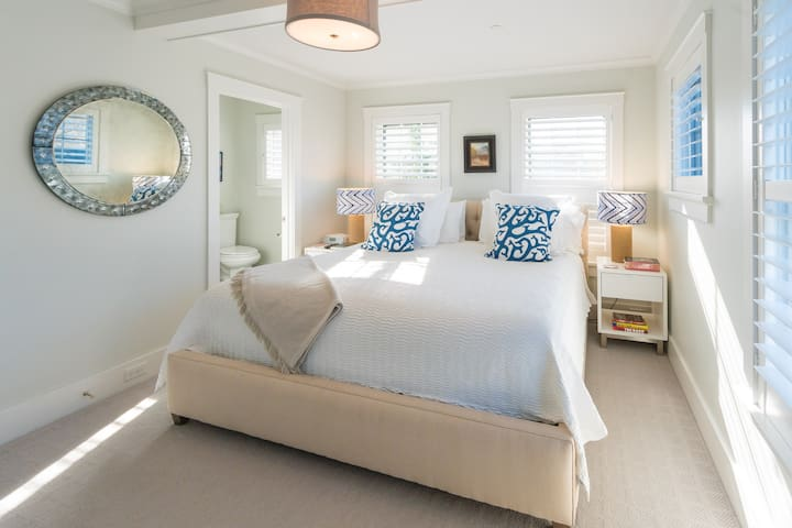 Easy Does It Turnkey Oasis Overlooking Harbor
