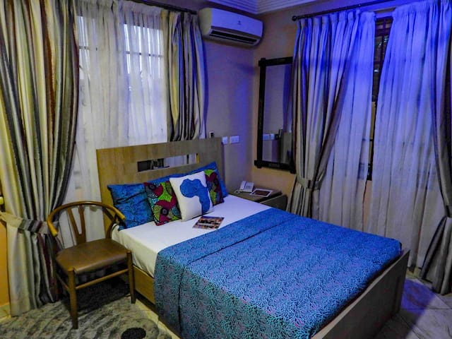 Standard room with a double size comfortable bed