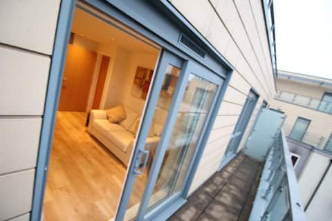 Penthouse floor level -  Entire 1 bed flat