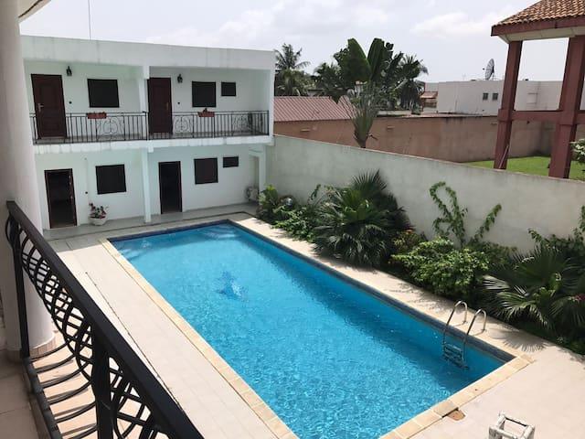VILLA D'HÔTES avec PISCINE, 2 Plateaux VALLONS - Abidjan - Rumah Tamu