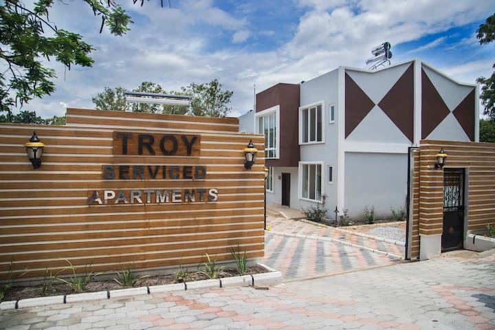 TROY Double Studio103, Bed and Breakfast