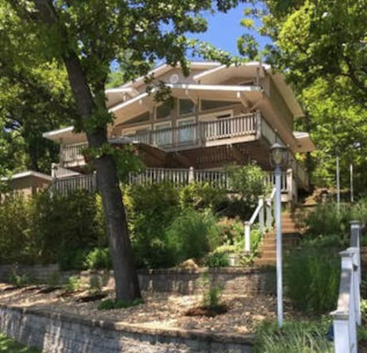 Beautiful, Multi-family Lakehouse