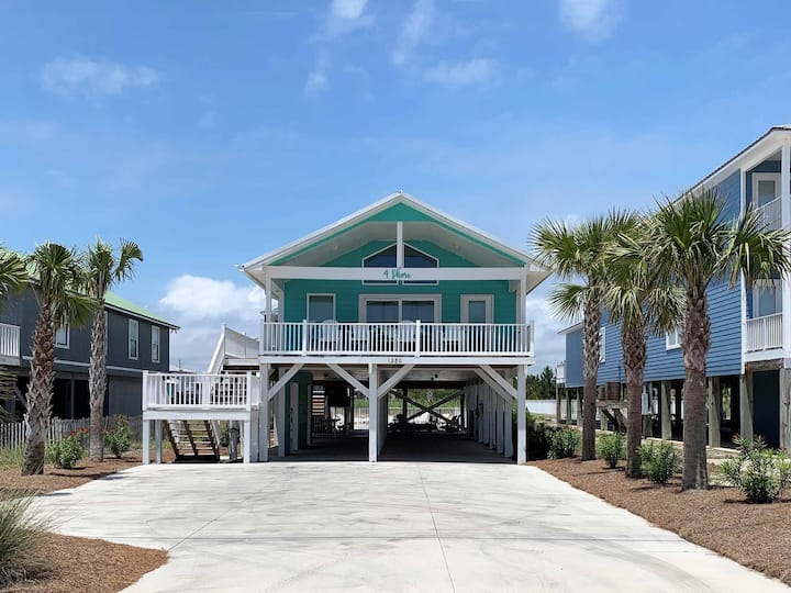 Gulf Shores Beach Home with Private Pool. Short Walk to Beach!