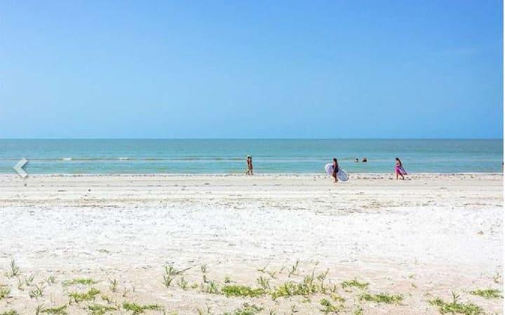 Paradise at Santos by the Beach #102