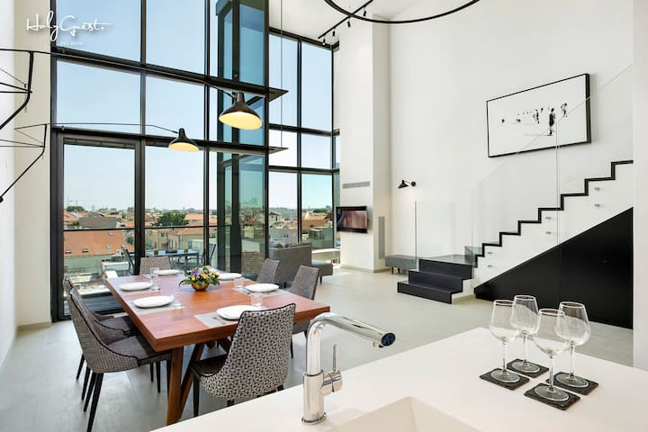 Unique Loft 1BR in White City by HolyGuest