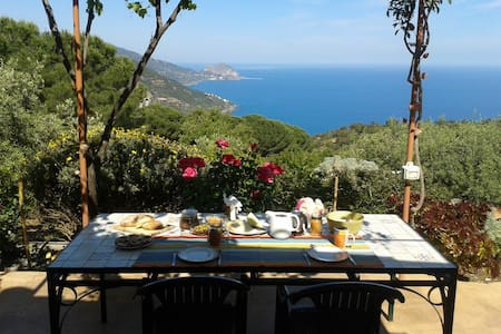 HOUSE and B&B with a stunning view - Pollina