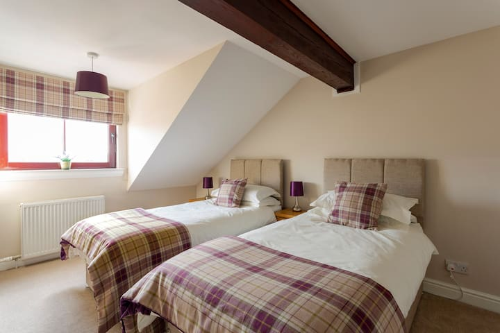 The stunning Berriedale bedroom - again can be set up as 1 Superking or 2 full size singles - with all of the character of the original Granary retained......perfect for that great nights sleep......
