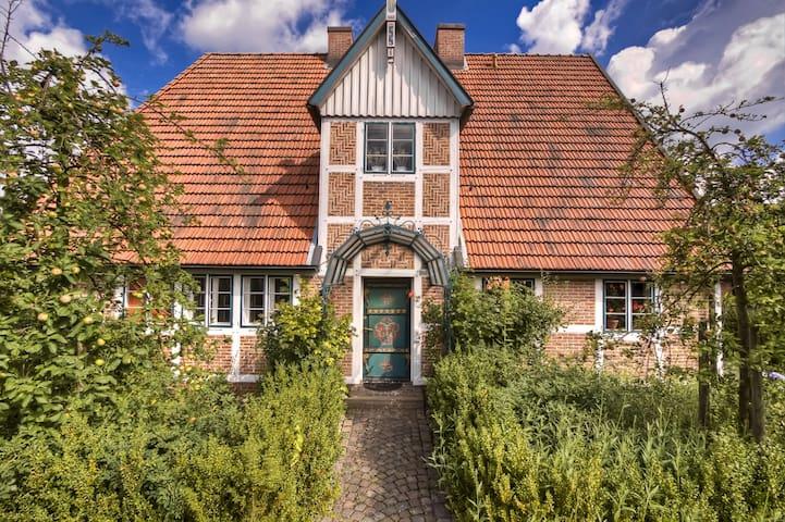 Ferienwohnung Altes Land // Schmiede Wohnung