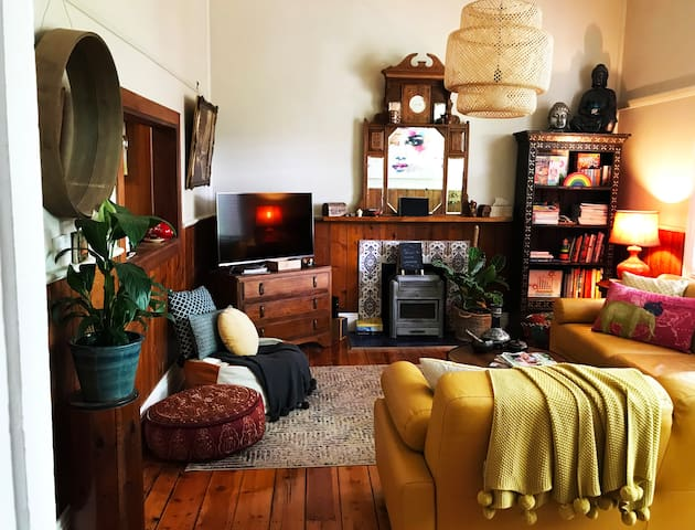 Inner City Hideaway will wrap you in a feeling of well being from the moment you walk through the front door!