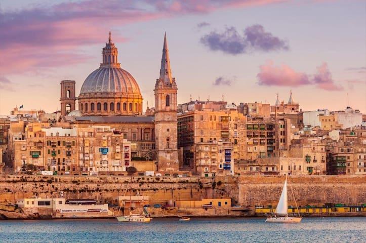 Disfrute de su estancia en Malta