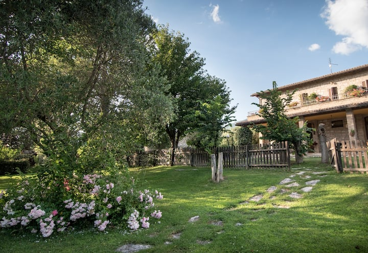 Tradizionale camera di campagna ad Assisi