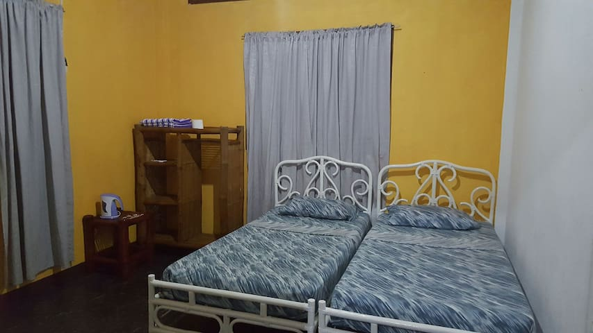 Triple Room - Moalboal - Apartment