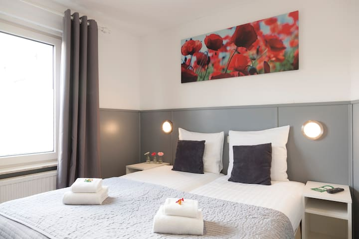 Twin room. Hotel Dupuis, Valkenburg Centre - Valkenburg - Boutique-hotelli