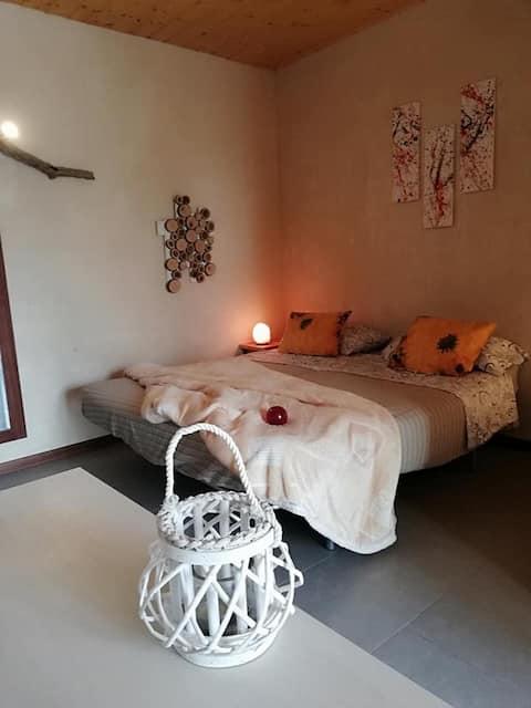 Mini-accommodation with kitchenette, en suite bathroom