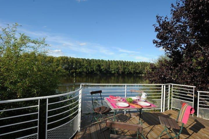 Maison avec terrasse de 20 m2 surplombant la Loire - Les Ponts-de-Cé - 一軒家