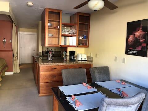 Skyland Lodge - Cozy Studio Condo