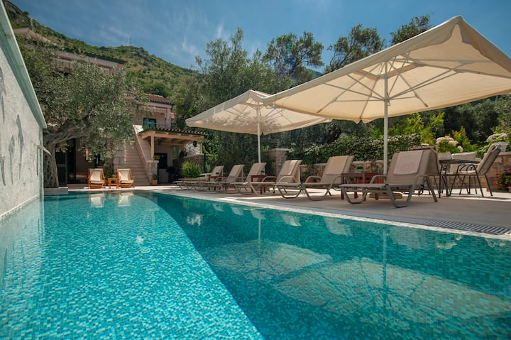 Villa Stevan at Sveti Stefan (with private pool)