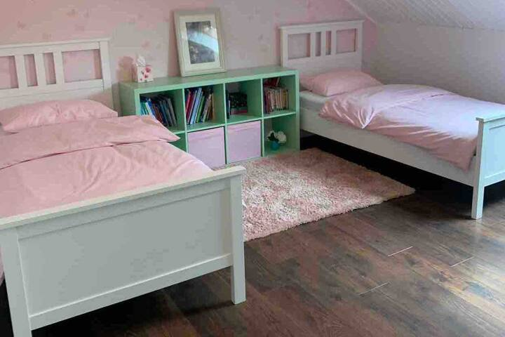 Homely country house close to Lux city- twin room