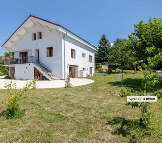 Grande maison 168m2 pour 3 couples et enfants