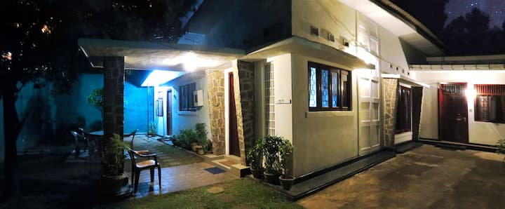 Mount Lavinia Home Stay