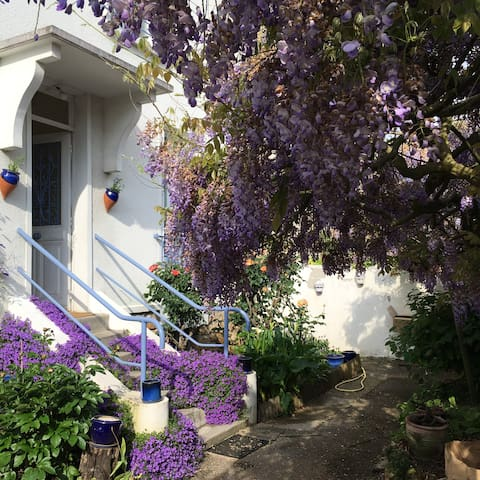 studio indépendant sur jardin - Vélizy-Villacoublay